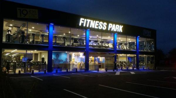 service client fitness park adresse