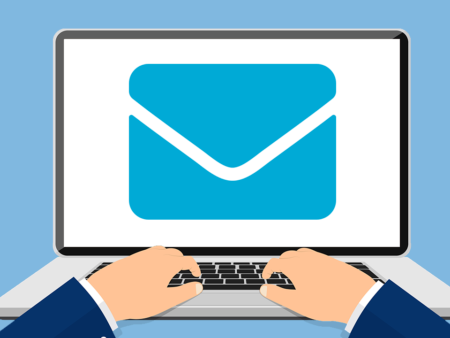 Clarks contact par email
